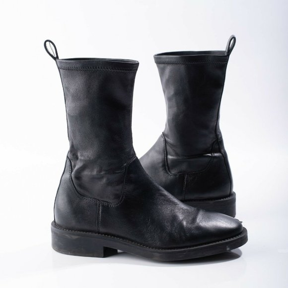 Massimo Dutti Womens Black Leather Flat Ankle Boot